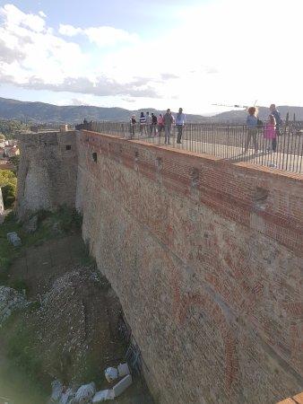 Arezzo, Italy: Mura