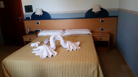 Santa Lucia Hotel : la camera da letto