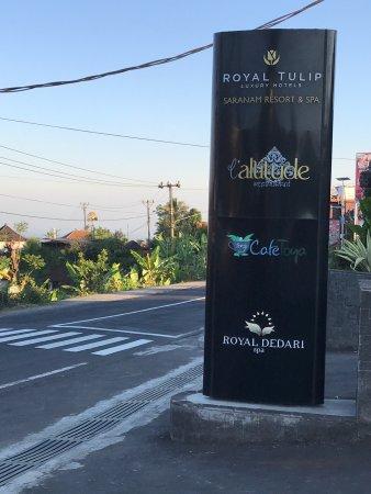 Baturiti, Ινδονησία: Sewa mobil di Bali,