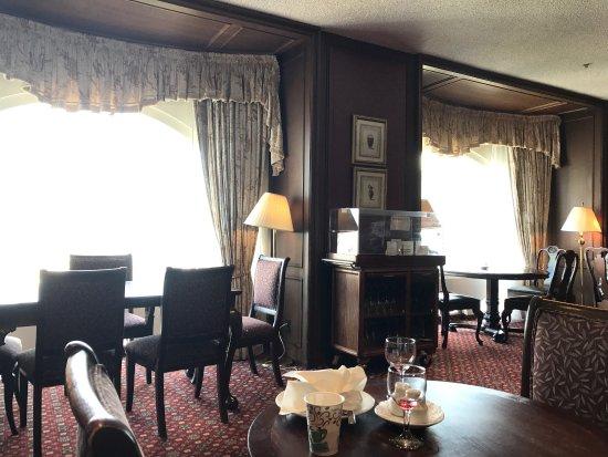 Room Rates Chateau Champlain Montreal