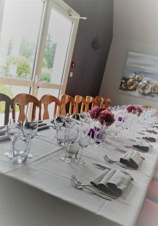 """Saint-Lyphard, Fransa: Table """"Famille"""""""