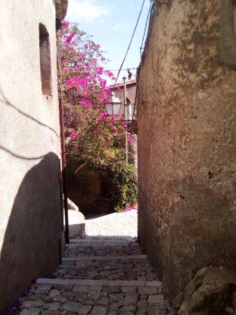 Borgo di Quartarello : Un vicoletto