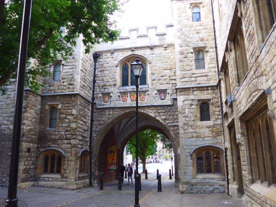 Vivre à Farringdon : St Jonh's Gate