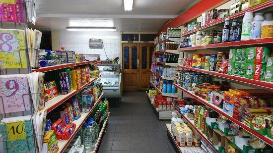 Ballinlough, Ireland: O'Connor shop and pub