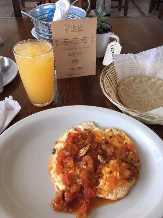 Santa Ana, Costa Rica: Desayuno Tico en Ikuä!
