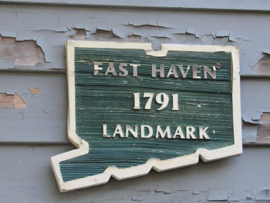 East Haven Historical Society Museum: East Haven CT Landmark 1791