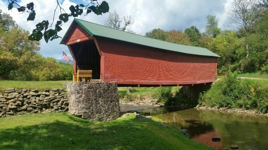 Sinking Creek Covered Bridge