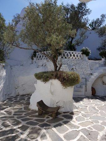 Maison et musée Salvador Dalí : La cour