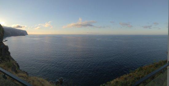 Estalagem Ponta do Sol: Zimmeraussicht aus 510 am morgen