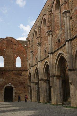 Chiusdino, Italië: Innenansicht Abtei