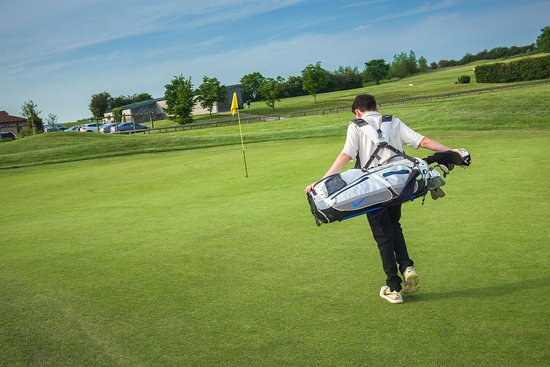Kirtlington, UK: Kirtlington Golf Club - Juniors are very welcome 