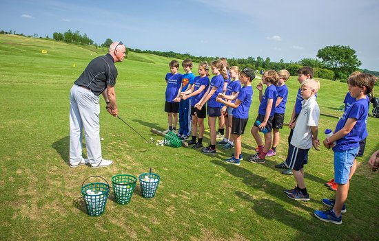 Kirtlington Golf Club - Junior Fun Days and special sessions are available with PGA Pro, Andy Ta