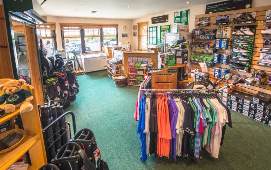 Kirtlington, UK: Well stocked Pro Shop