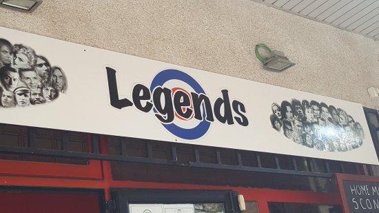 Legends Bar La Pineda: TA_IMG_20170918_161744_large.jpg