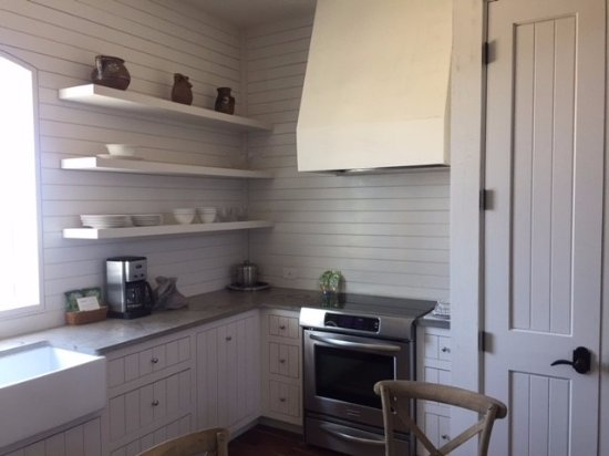 Hunt, TX: in kitchen, view of stove\oven and sink.