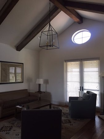Hunt, TX: view of living room from main entrance hall.