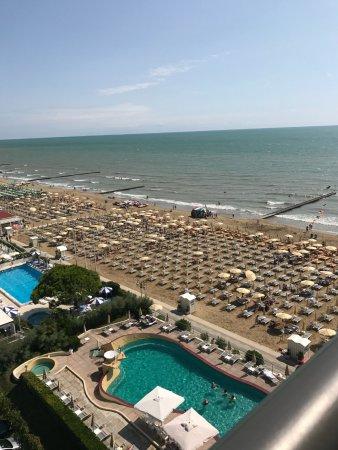 Schoner Blick Auf Pool Und Strand Picture Of Hotel Las Vegas