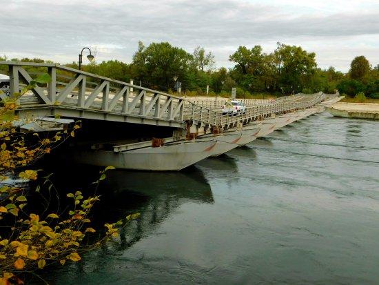 Bereguardo, Ιταλία: Sempre stupendo questo ponte di barche   da visitare
