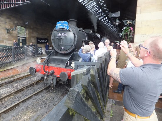 North Yorkshire Moors Railway: Our locomotive on turn around at Pickering