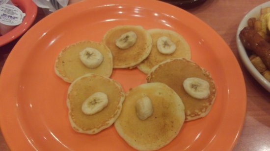 Milton, FL: Childs Pancake with bananas