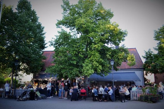 Σιγκτούνα, Σουηδία: Farbror blå