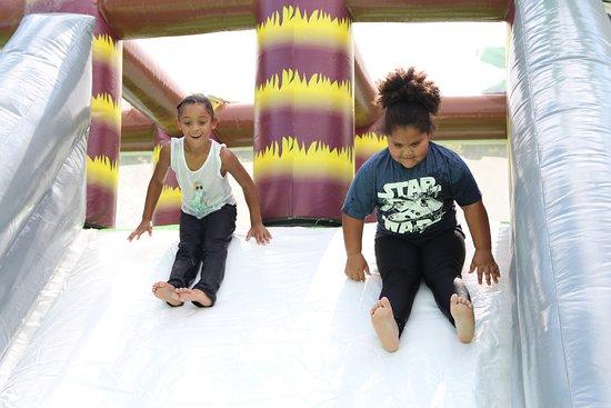 Pine Mountain, GA: Jumphouse Slide