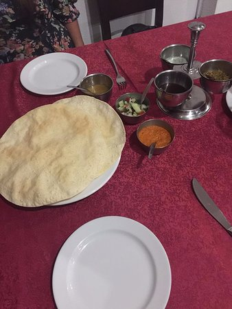 Papadum with 6 different sauces