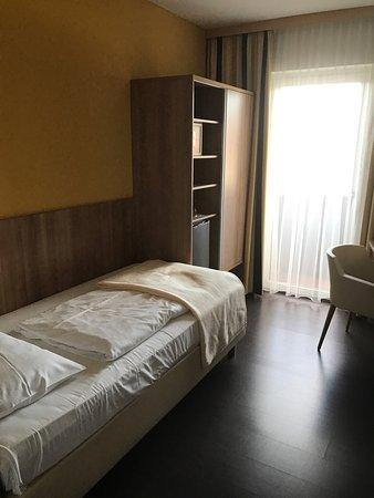 Das Roemerhof Hotel: Room 201