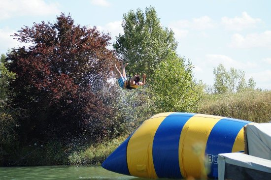 Muret, Francia: eXplicit Blob jump