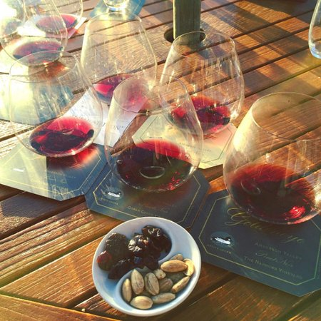 Philo, CA: Nothing like a wine tasting during magic hour!