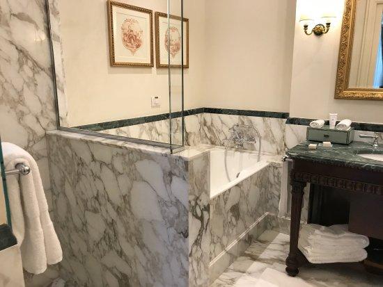 Four Seasons Hotel Firenze: photo9.jpg