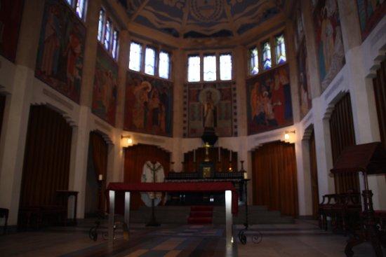 Flers, Frankrike: intérieur de la chapelle