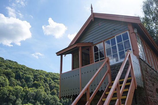 Tintern, UK: Old signal box now an art Gallery