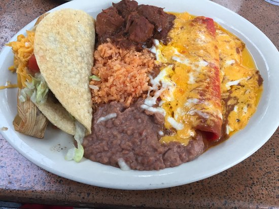 Casa Rio Deluxe Dinner Plate A Lot Of Food