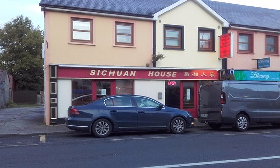 Leitrim, Irland: View from the street
