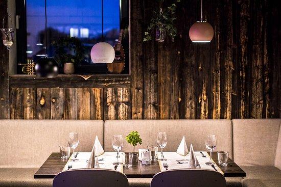 Hamar, Noruega: Fine lokale med en rustikk stil