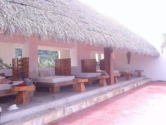 Akan resort updated 2017 prices hotel reviews los for Bungalows villas del coral los ayala