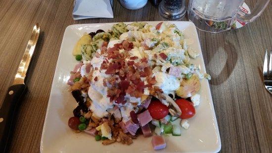 Gillette, WY: Fresh Salad