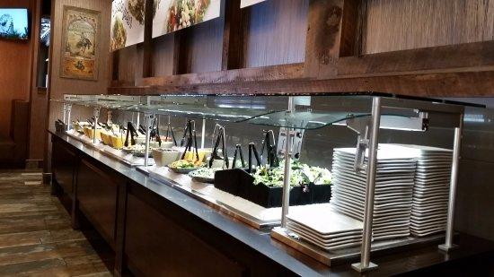 Gillette, WY: Salad Bar