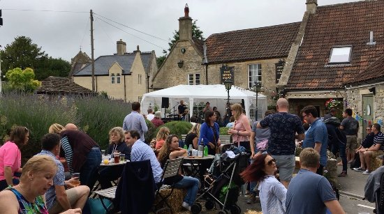 Bradford-on-Avon, UK: Charity Family and Live Music Funday