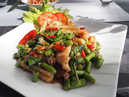 Best restaurant on the beach - Review of Krating Tree Restaurant, Nong Thale,...