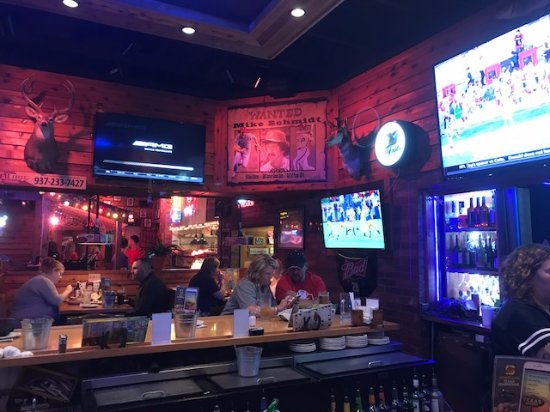 Huber Heights, OH: sports bar