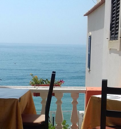 Les trois Couronnes : View from the terrace