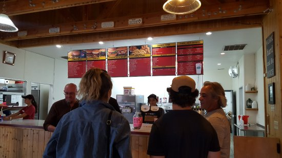 Stan's Burger Shack : ordering area