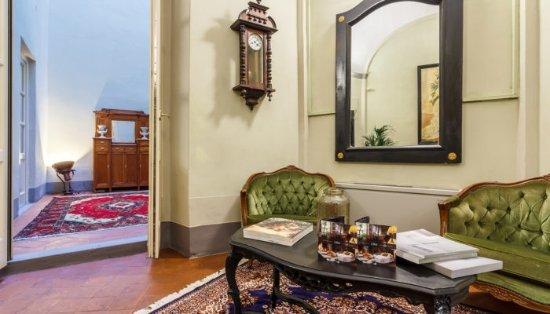 LSM Palazzo Puccini - Dimora Storica: Reception