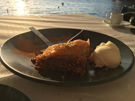 Sunset Ammoudi Taverna : photo0.jpg