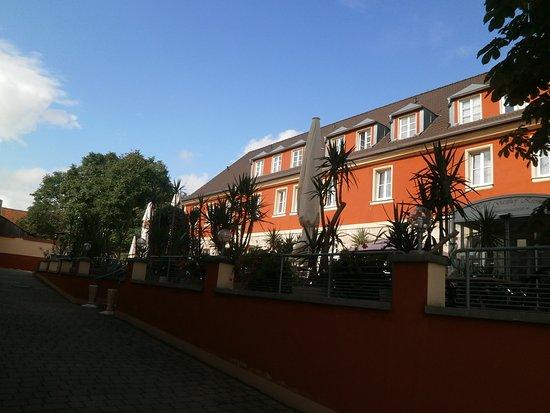 Hotel gasthof krone bewertungen fotos preisvergleich for Hotel krone gunzenhausen