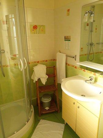 Le Volney: suffisamment grand, les WC sont aussi dans la SDB