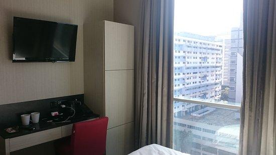 V Hotel Bencoolen: DSC_0103_large.jpg