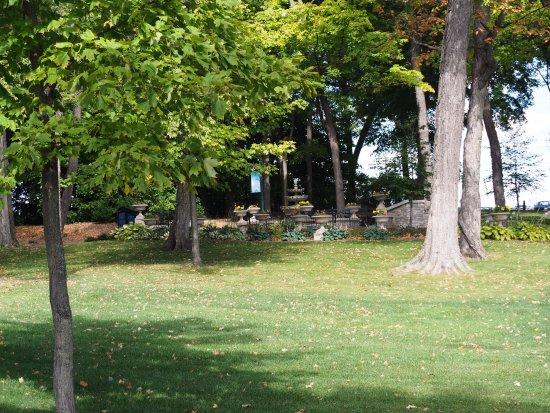 Plymouth, MN: The sculptured garden